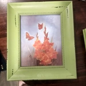 (2) matching 8x10 picture frames